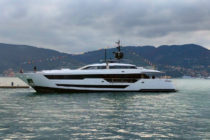 Ferretti launches Custom Line 120′