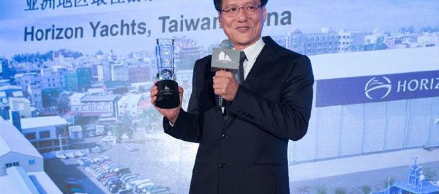 Horizon win 10th 'Best Asian Yacht Builder' award