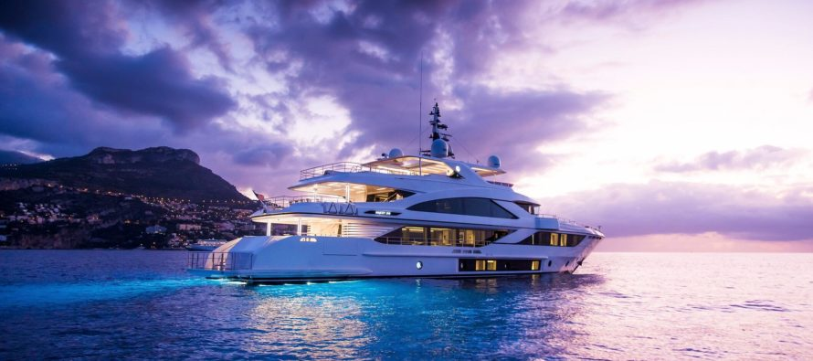 Majesty 140 superyacht wins Best of Show award at Fort Lauderdale show